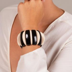 Angela Caputi - Resin Bracelet (Black/Beige)