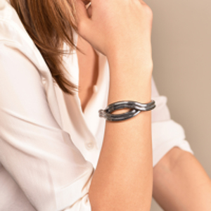 Lara Bohinc - Eclipse Wave Bracelet