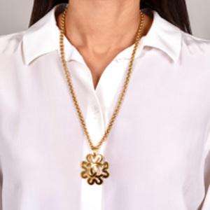Chanel - CC Logo Pendant in Clover Cutout Necklace