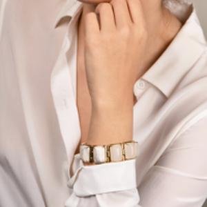 Lele Sadoughi - White and Marble Gold Link Bracelet